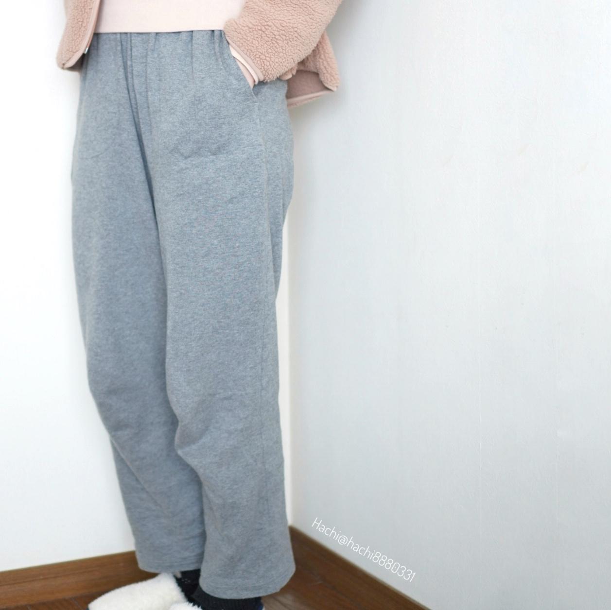 セシールの綿100%の部屋着のズボンの着画