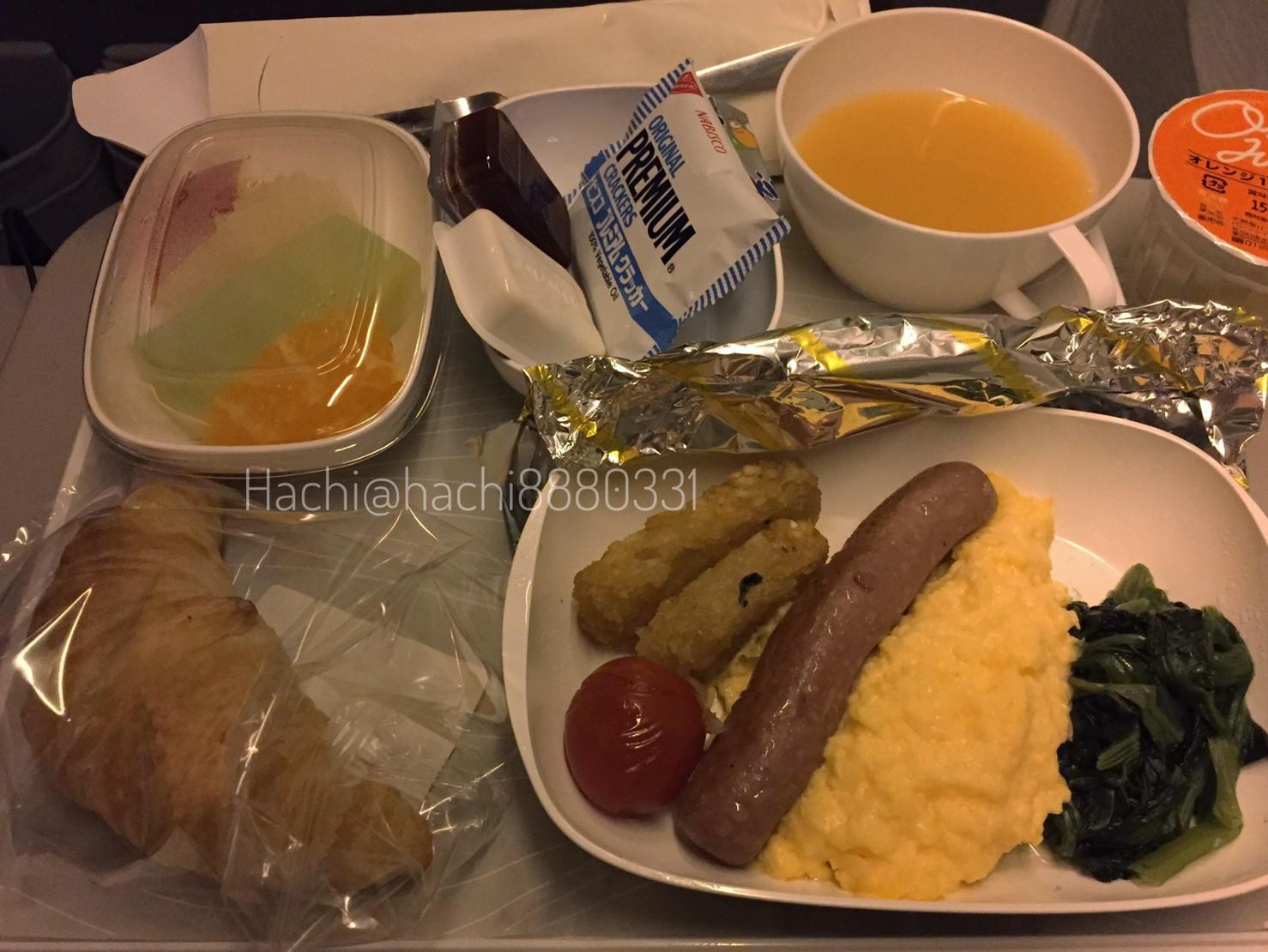 エミレーツ航空機内食の朝ご飯
