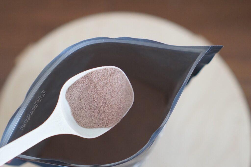 Ultra ホエイダイエットプロテイン チョコレート風味の中身