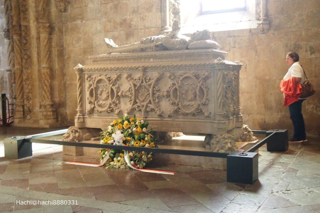 ルイス・デ・カモンイスの棺