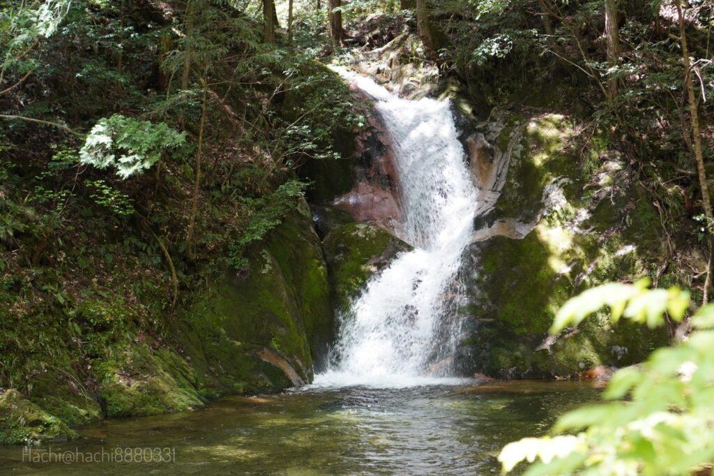 寂地峡キャンプ場の五竜の滝