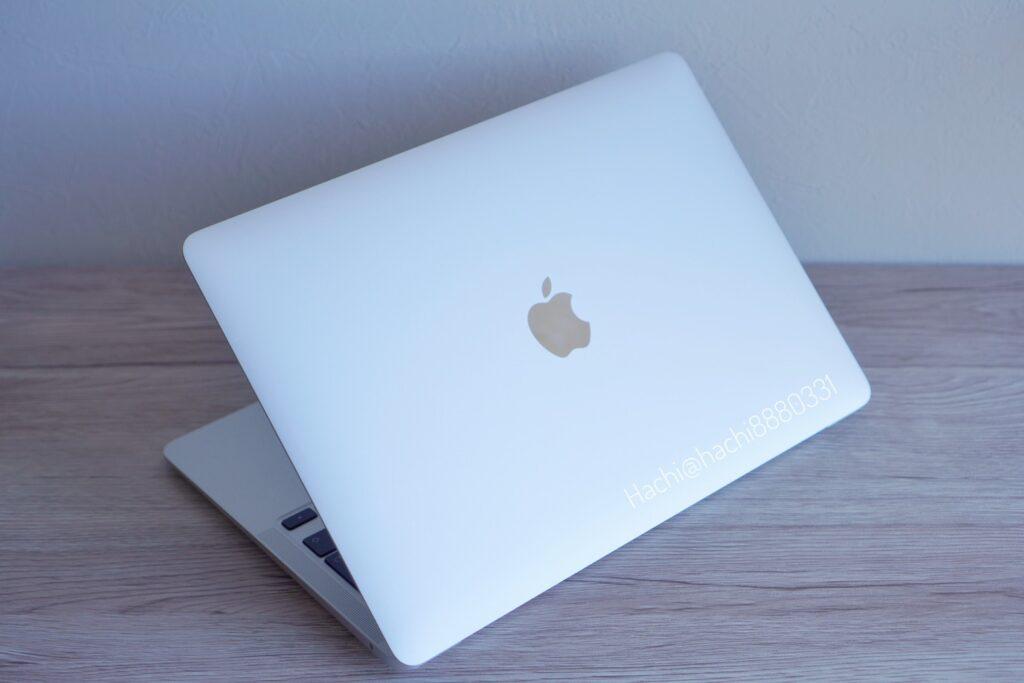 購入したMacBook Air M1チップ 2020年発売のもの